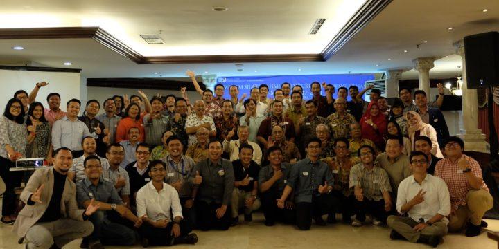 """Dokumentasi Foto Acara """"Malam Silaturahmi dan Pengukuhan Pengurus IA-MET ITB 2017-2020"""" Part 1/3"""